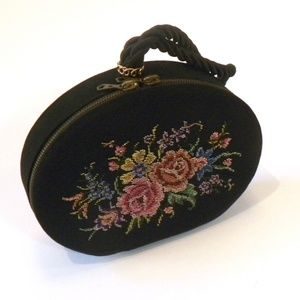 VTG 40s 50s Needlepoint Round Rockabilly Bag BLACK